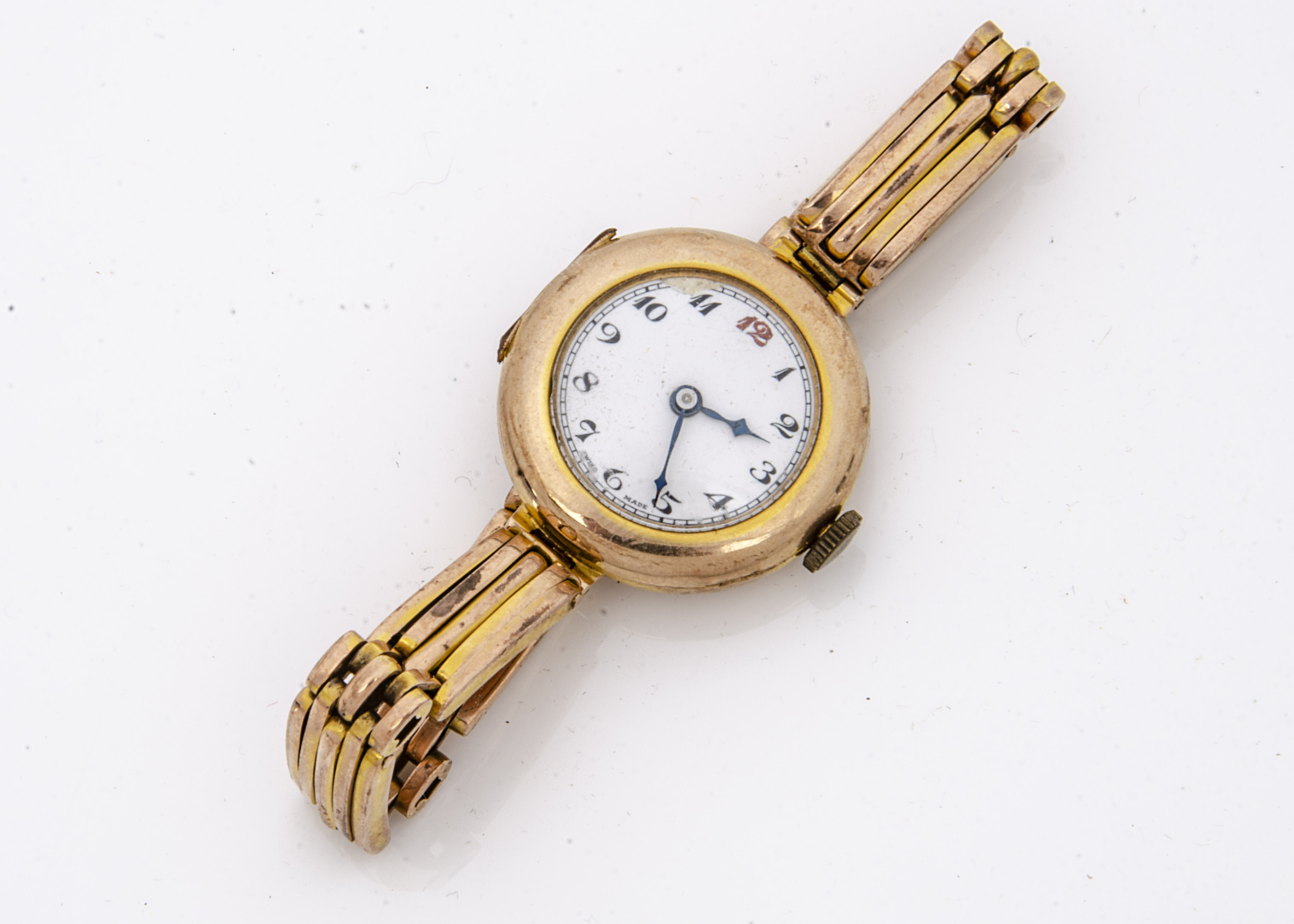 An Art Deco period Buren 9ct gold trench style lady's wristwatch, 22mm case, hinge damaged and
