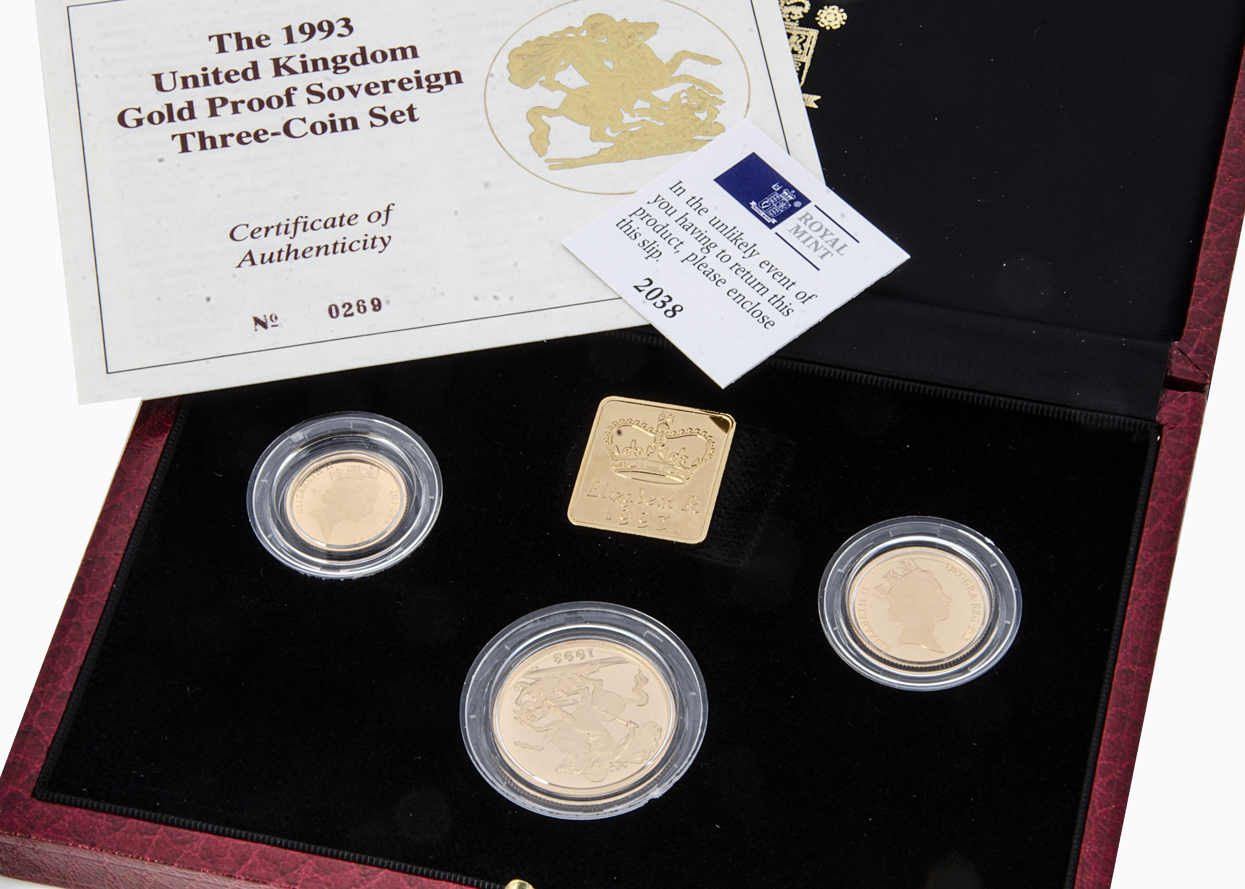 A modern Royal Mint UK Gold Proof Sovereign Three coin set, 1993, comprising double, full and half