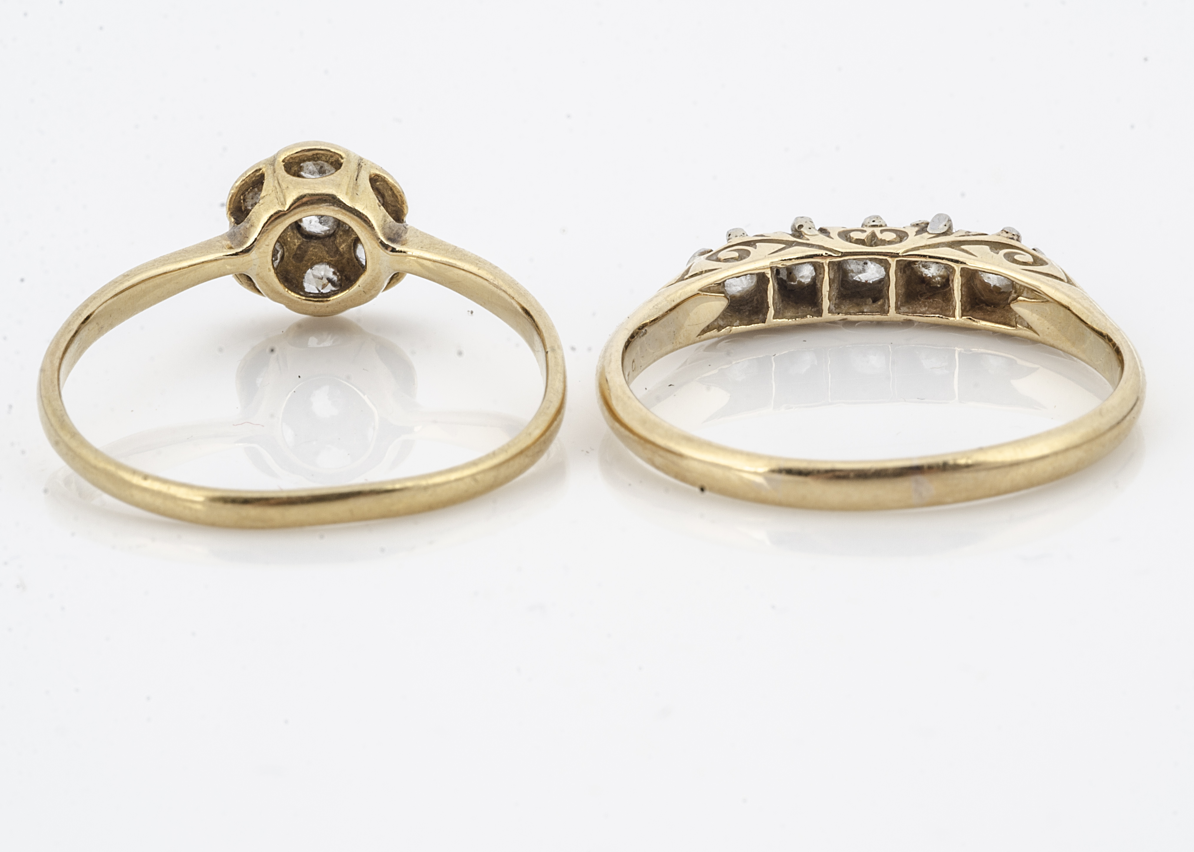 A five stone diamond dress ring, claw set eight cut diamonds in white metal on yellow gold shank - Image 2 of 2