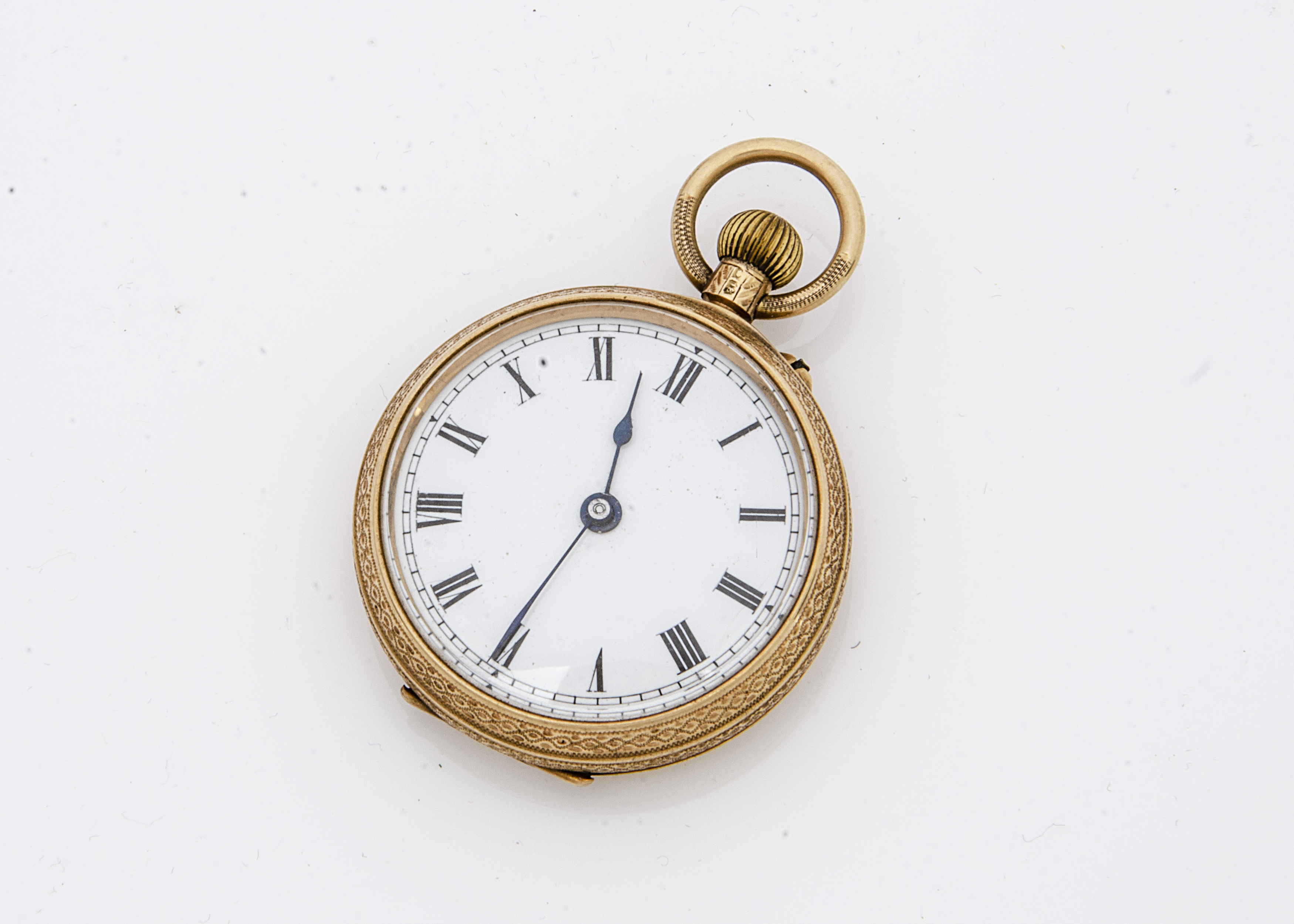 An Edwardian 18ct gold open faced pocket watch, 37mm, appears to run, 48.7g, hallmarked to rear