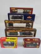 Five assorted OO gauge locomotives, Bachmann 31-775, Mainline 37-078, 37-057, Airfix GMR 54209-2,