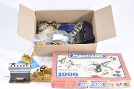 Meccano Steam Engine Construction Set 1000 and other items, Meccano 1000 set with various items,