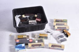 Continental and American outline N Gauge and Eggerbahn 009 Locomotives Rolling Stock and