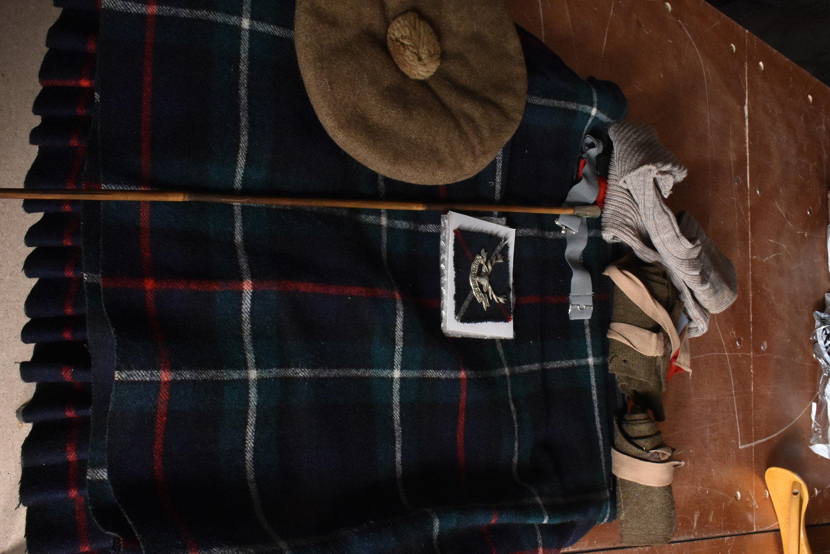 A Staff Sergeants Seaforth Highlander uniform, comprising of blouse/jacket , size 48 with Soldier of - Image 3 of 3