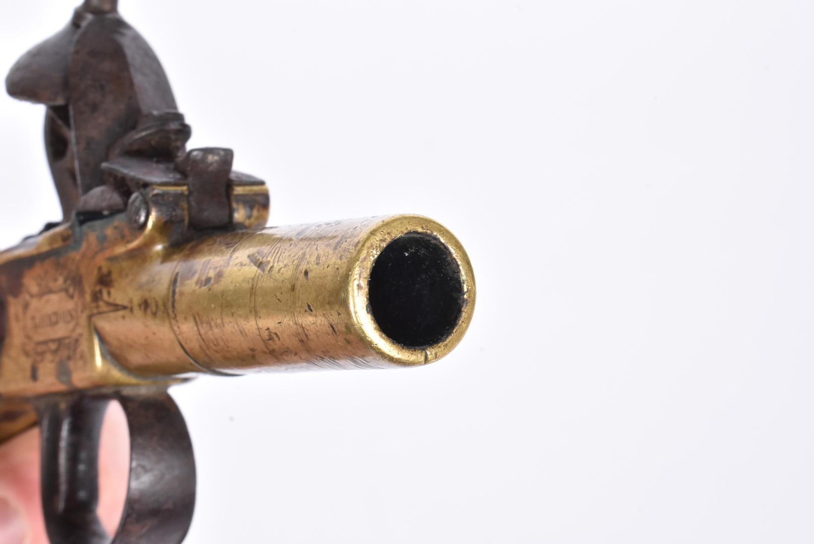 A early 19th Century English Flintlock Screw barrel pocket pistol by Twigg of London, the .44 - Image 5 of 8