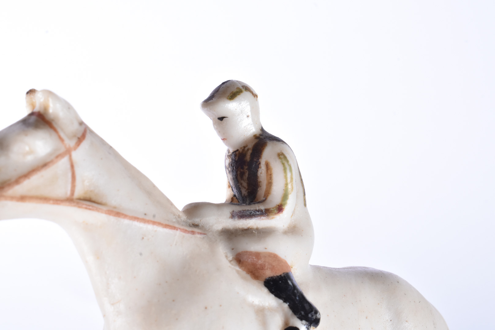 Two W.H Goss Crested Racehorse figures, both bearing the Newmarket crest, both AF, together with a - Image 7 of 7