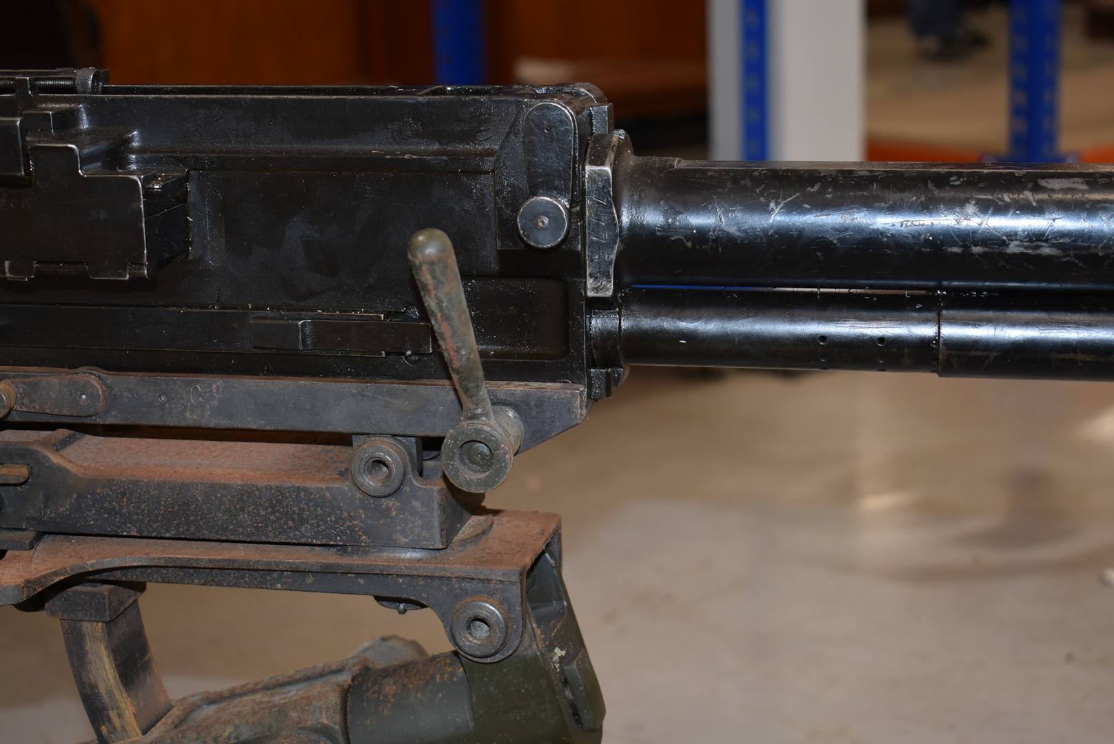 A deactivated Italian Breda M37 7.92mm Heavy Machine gun and tripod, serial 8805, deactivated to the - Image 4 of 7