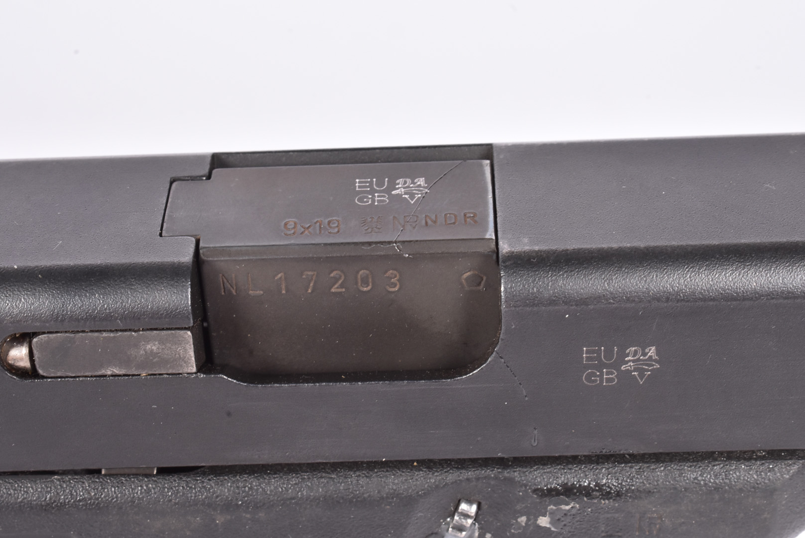 A Deactivated Glock 17 9mm Second Generation pistol, serial NL17203, deactivated to the latest EU - Image 4 of 6