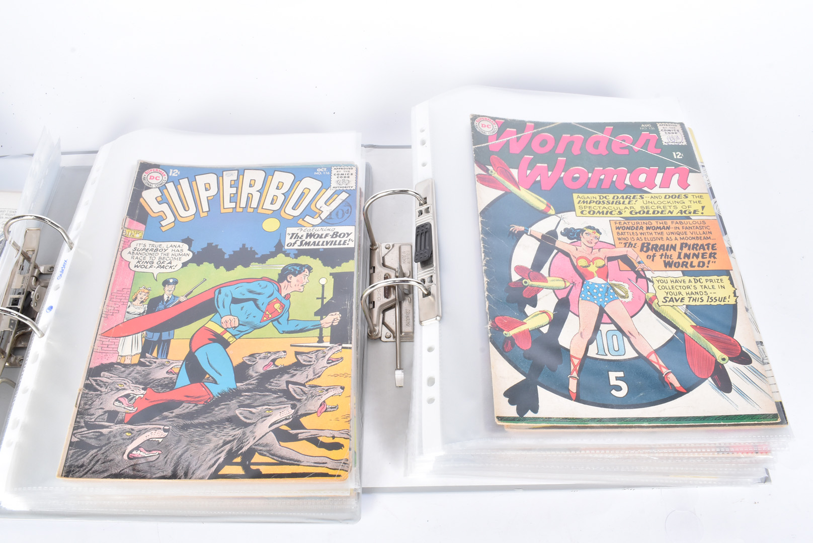 A large collection of 1960s DC comics, to include Aquaman no.9, Hawkman issues 4, 7 and 9, Batman, - Image 3 of 4