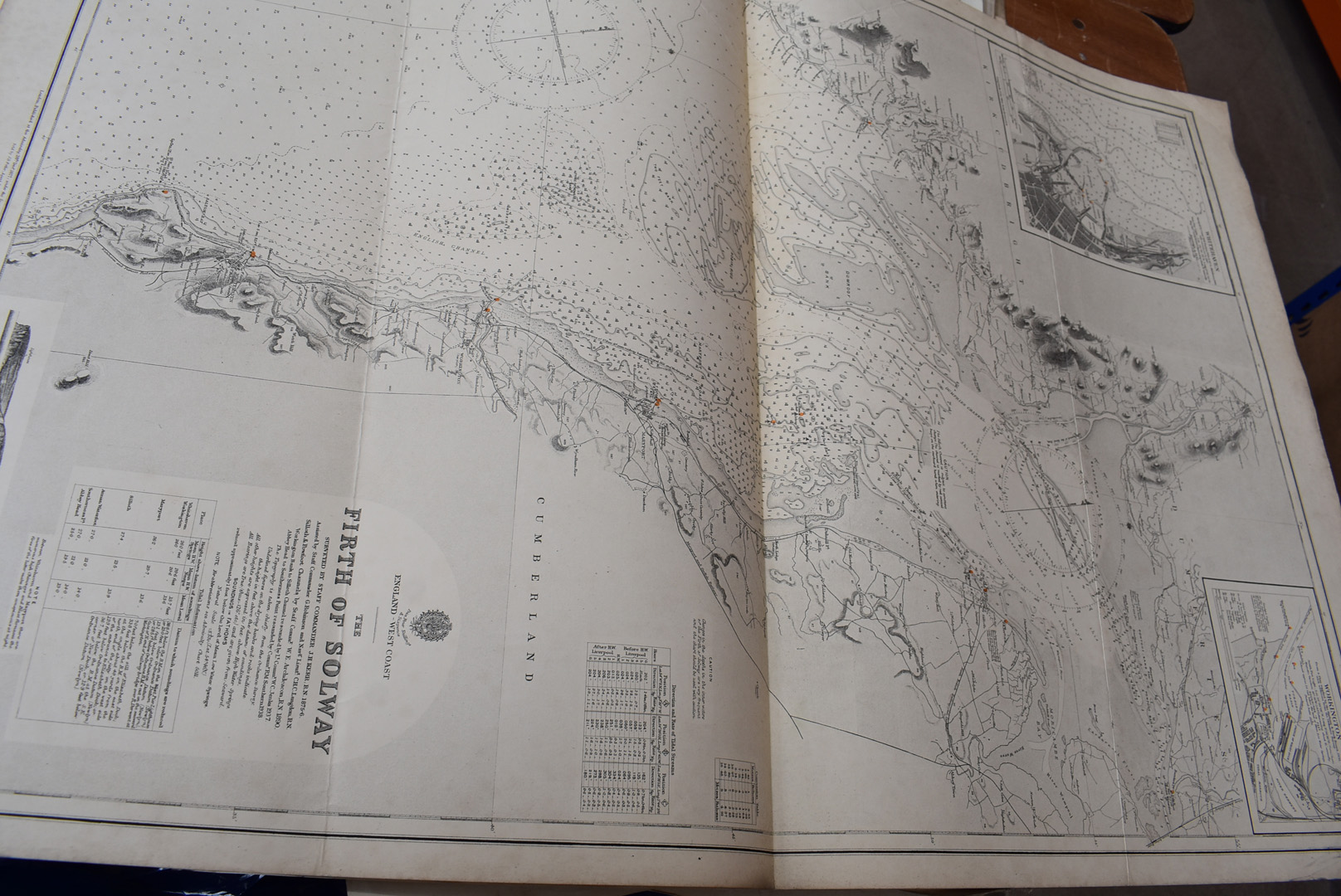 A collection of large British and overseas 1950/60s maps, to comprising Canada, Northern America, - Image 4 of 7