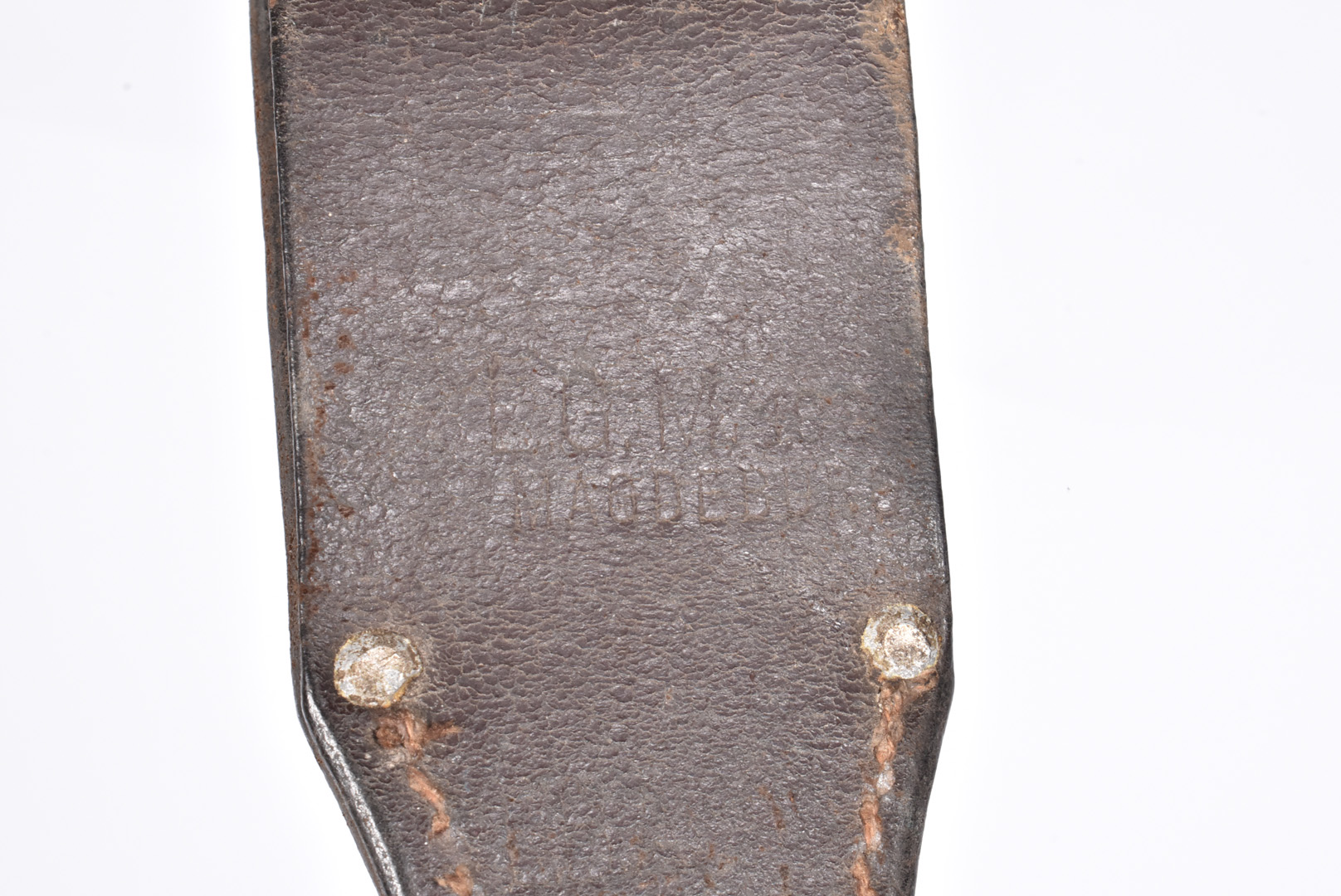 A WWII German K98 bayonet and scabbard by E.U.F Horster, dated 1940, with serial 5376, complete with - Image 5 of 8
