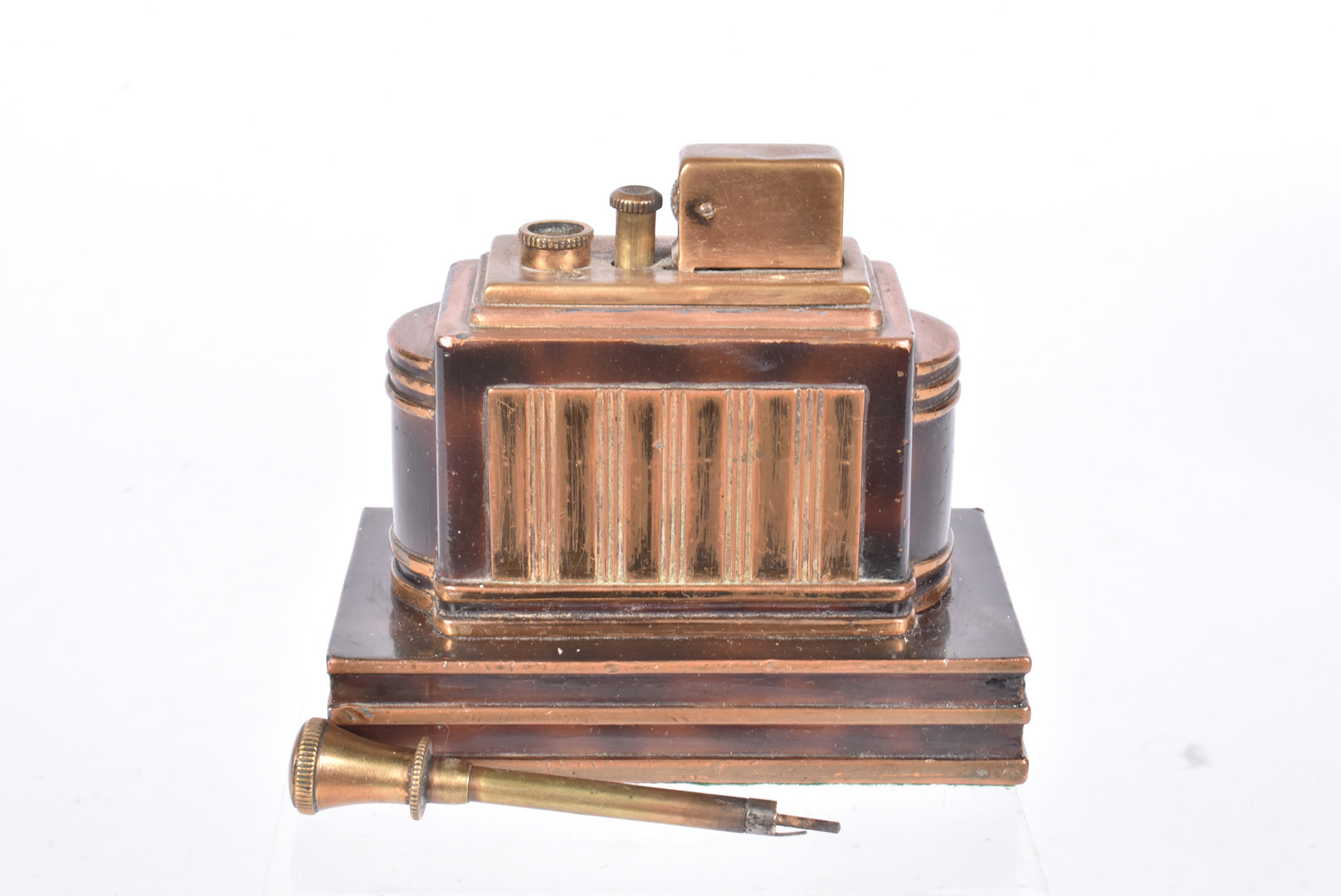 A Ronson Touch-Tip table lighter, the 'T-T Classic', c1938, with a dureum and tortoiseshell finish - Image 2 of 3