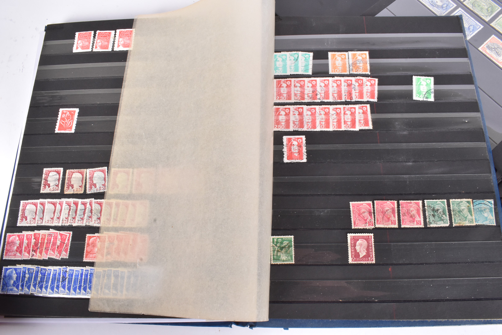A large collection of GB and World Stamps, mainly in stock books, including Barbados, Cayman - Image 4 of 7