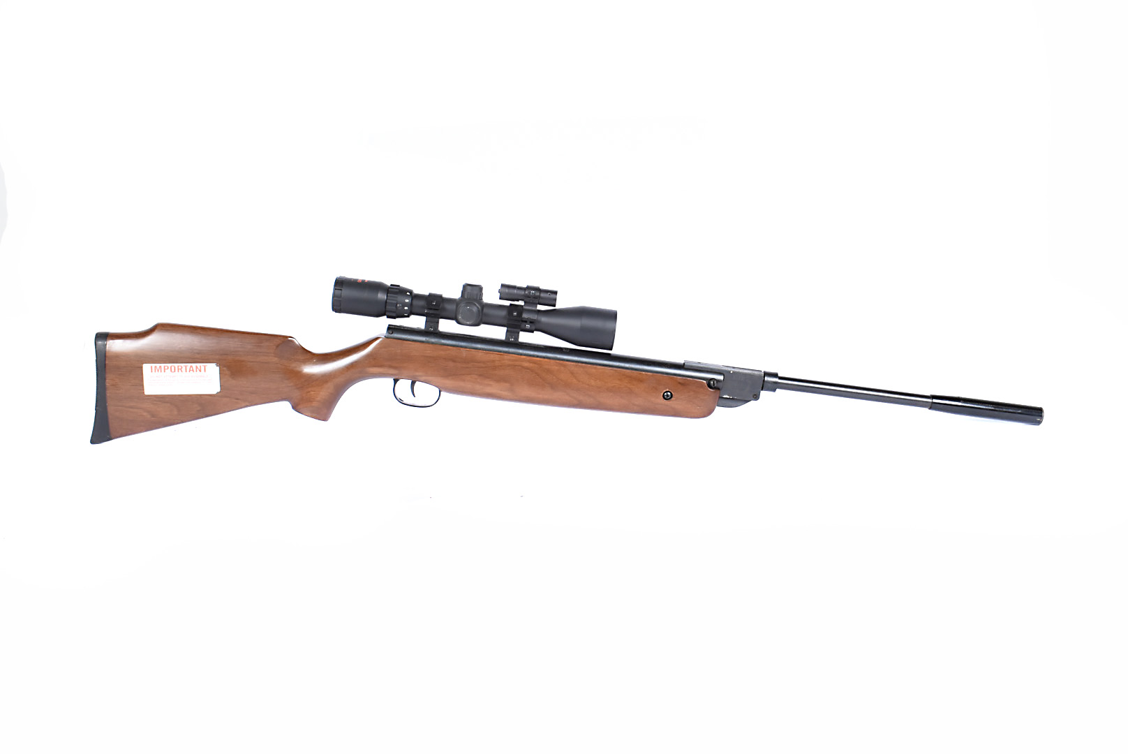 An SMK XS-B20 .22 air rifle, serial 0300527, with break barrel action, complete with SMK 3-9x40