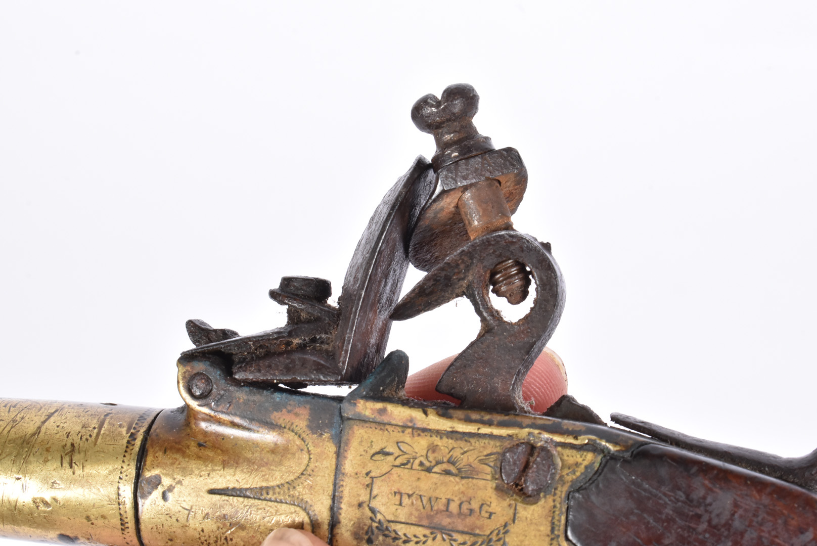 A early 19th Century English Flintlock Screw barrel pocket pistol by Twigg of London, the .44 - Image 7 of 8