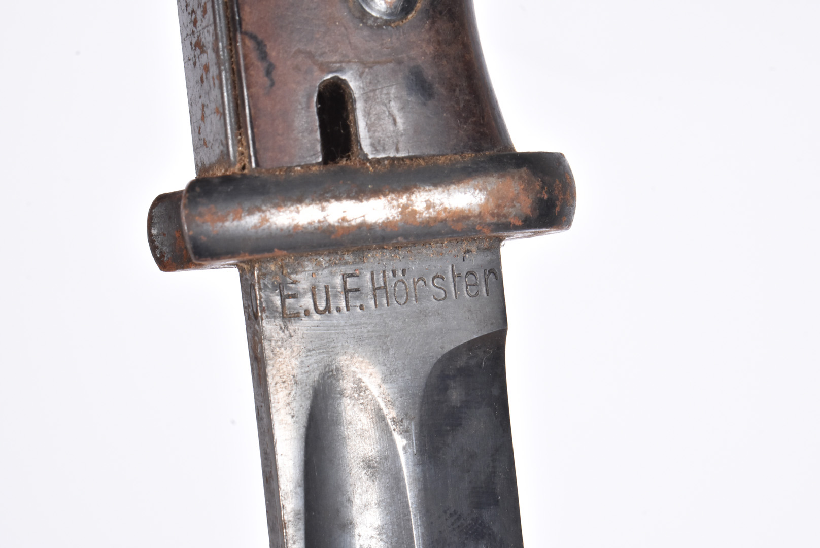 A WWII German K98 bayonet and scabbard by E.U.F Horster, dated 1940, with serial 5376, complete with - Image 2 of 8
