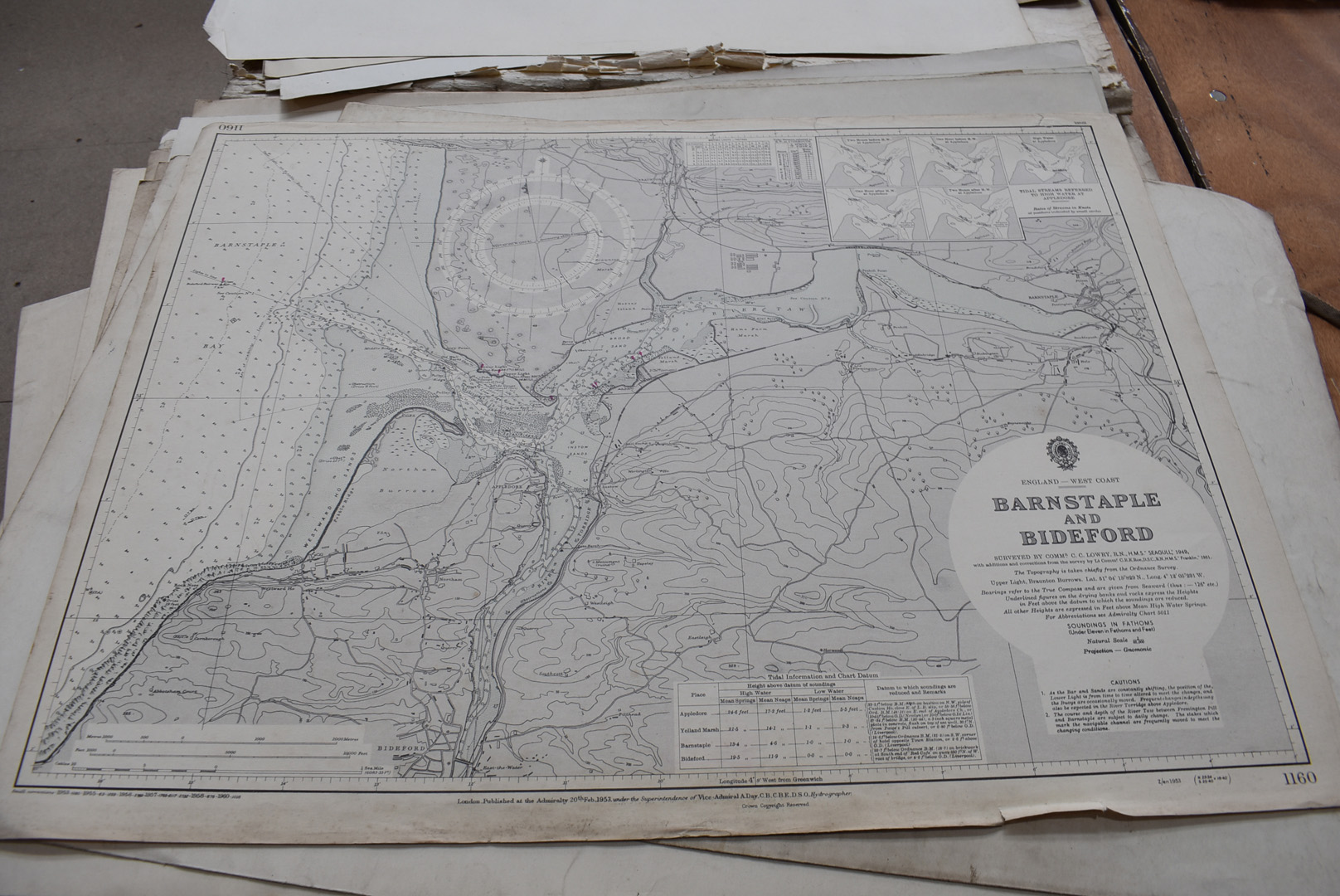 A collection of large British and overseas 1950/60s maps, to comprising Canada, Northern America, - Image 2 of 7