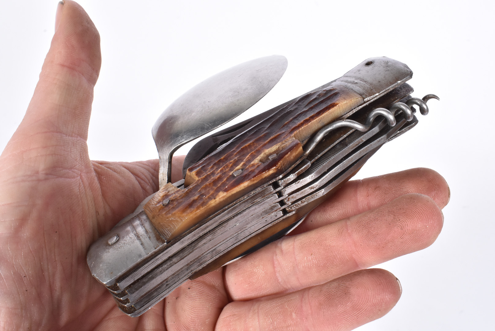 A Campaign knife set, together with a selection of other folding pocket knives, some with makers - Image 2 of 3
