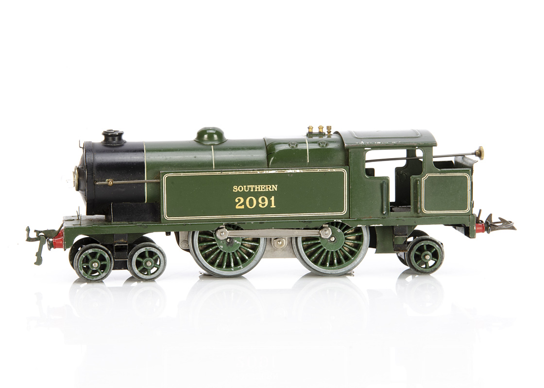 A Hornby 0 Gauge No E220 'Special' 4-4-2 Tank Locomotive, in enamelled SR green as no 2091, G-VG,