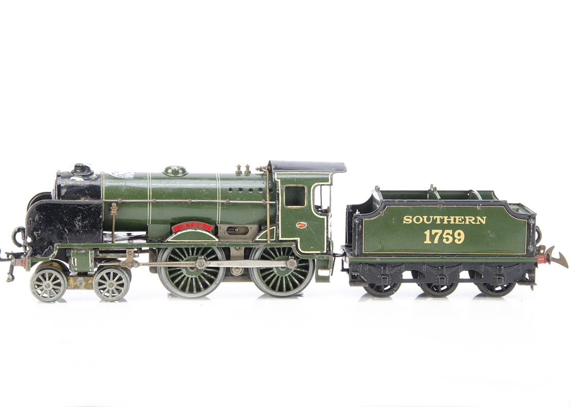 A Hornby 0 Gauge No E420 electric 4-4-0 'Eton' Locomotive and (incorrect) 1759 Tender for