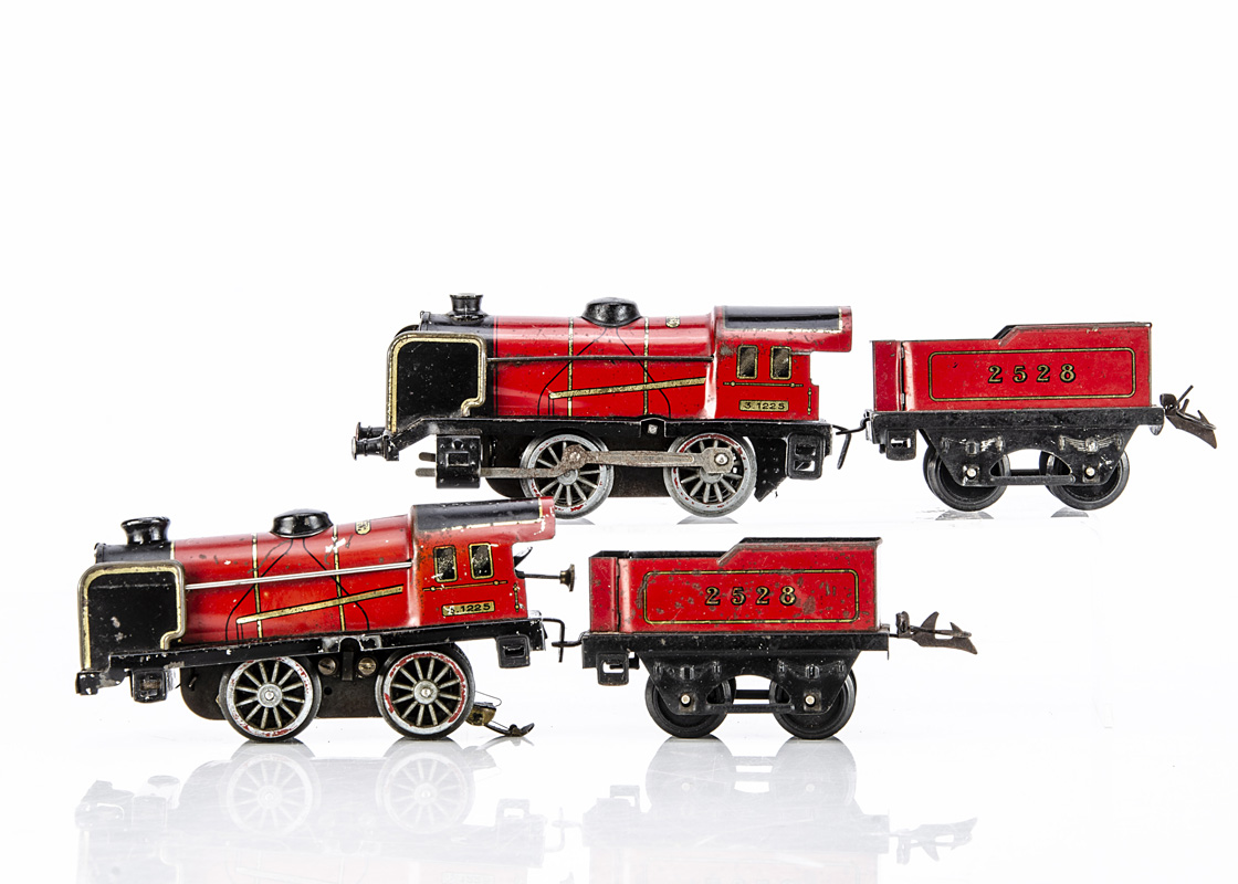 Two French Hornby O Gauge Red 'M' series Locomotives and Tenders, the earlier example 'sans
