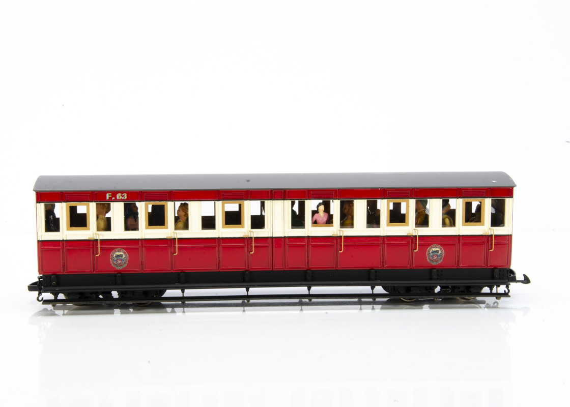 British Model Supply Accucraft Isle of Man Composite 'Pairs' Coach, in maroon and cream with