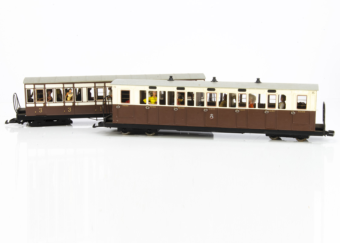 Rake of four Kit/Scratchbuilt G Gauge Ffestiniog Railway bogie Coaches and Luggage Van, all in brown - Image 2 of 2