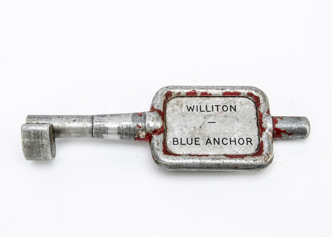 Tyers No 9 Single Line Key Token Williton/Blue Anchor, cast alloy configuration A (red) Tyers key - Image 2 of 2