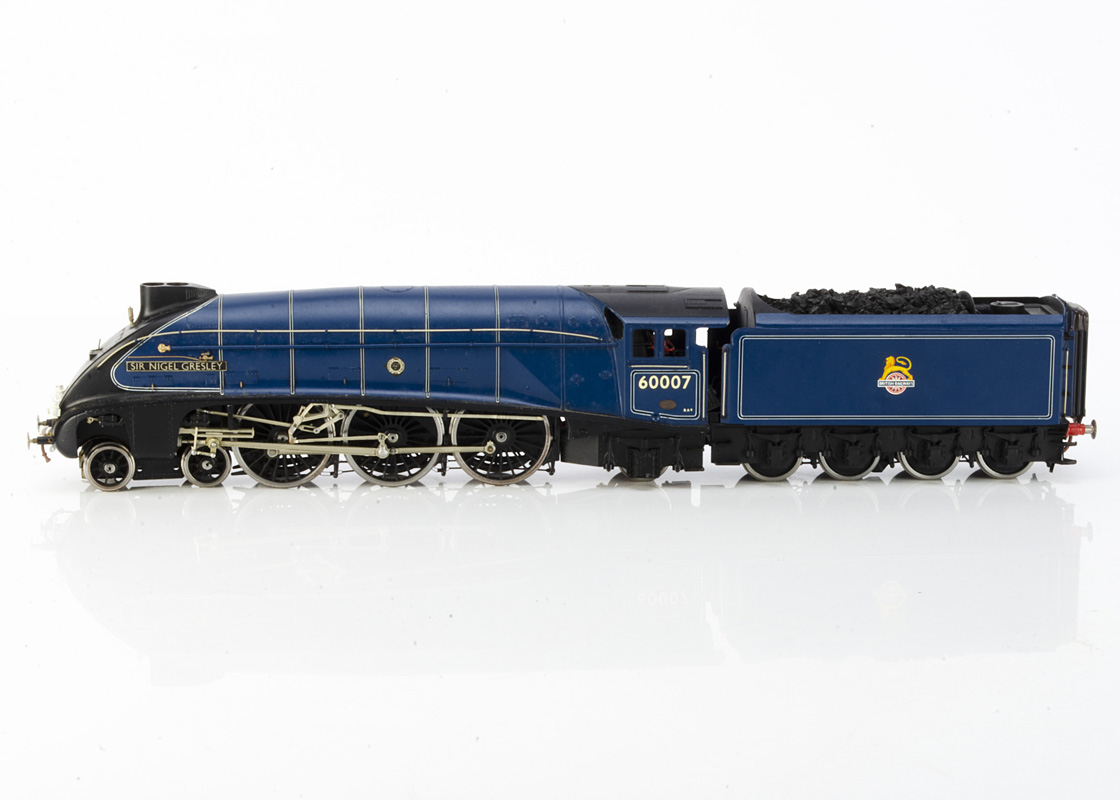 A Finescale 0 Gauge ex-LNER A4 class Locomotive 'Sir Nigel Gresley' and Tender from DJH kit, the