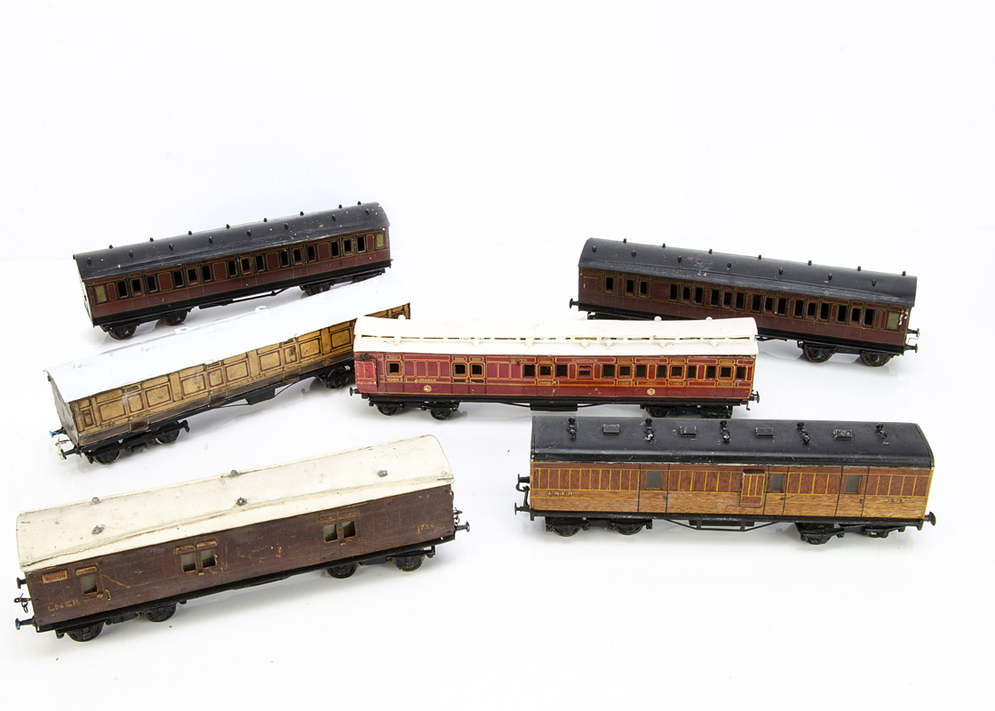 Assorted 0 Gauge tinplate and wooden Coaching Stock by Bassett-Lowke and others, B-L lithographed