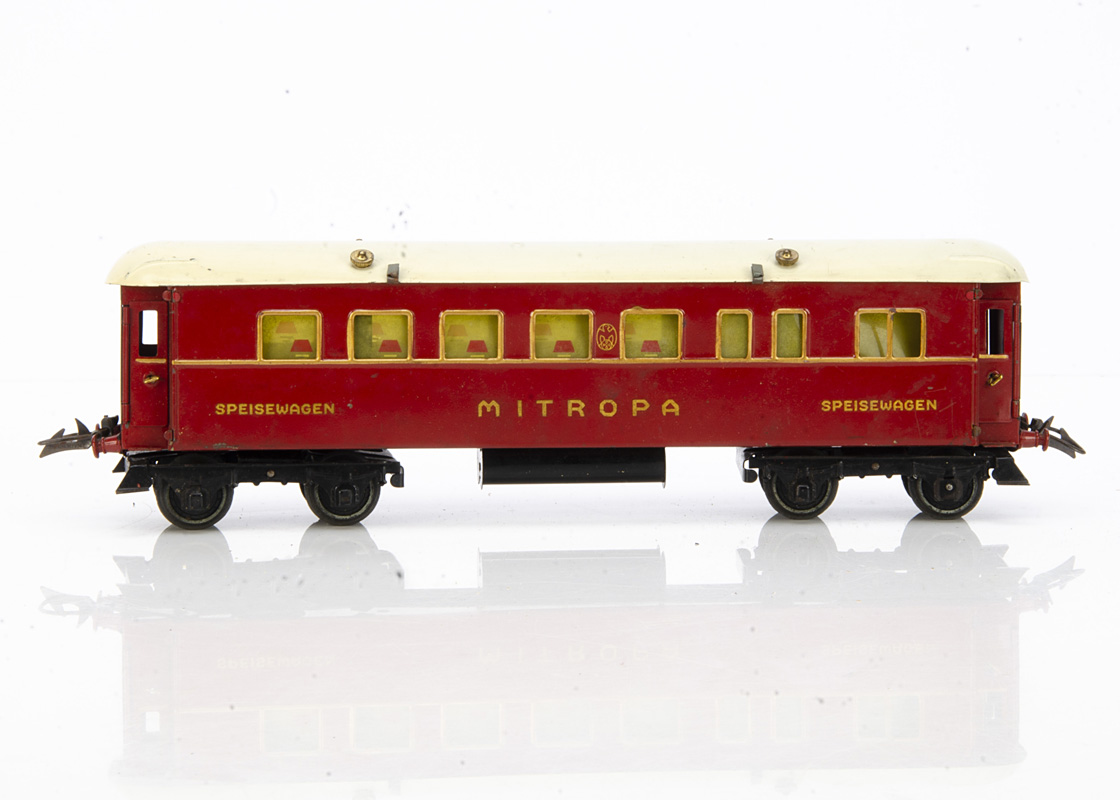 A boxed Hornby 0 Gauge No 3 'Mitropa' Speisewagen Coach, in red livery with black ends, gold trim