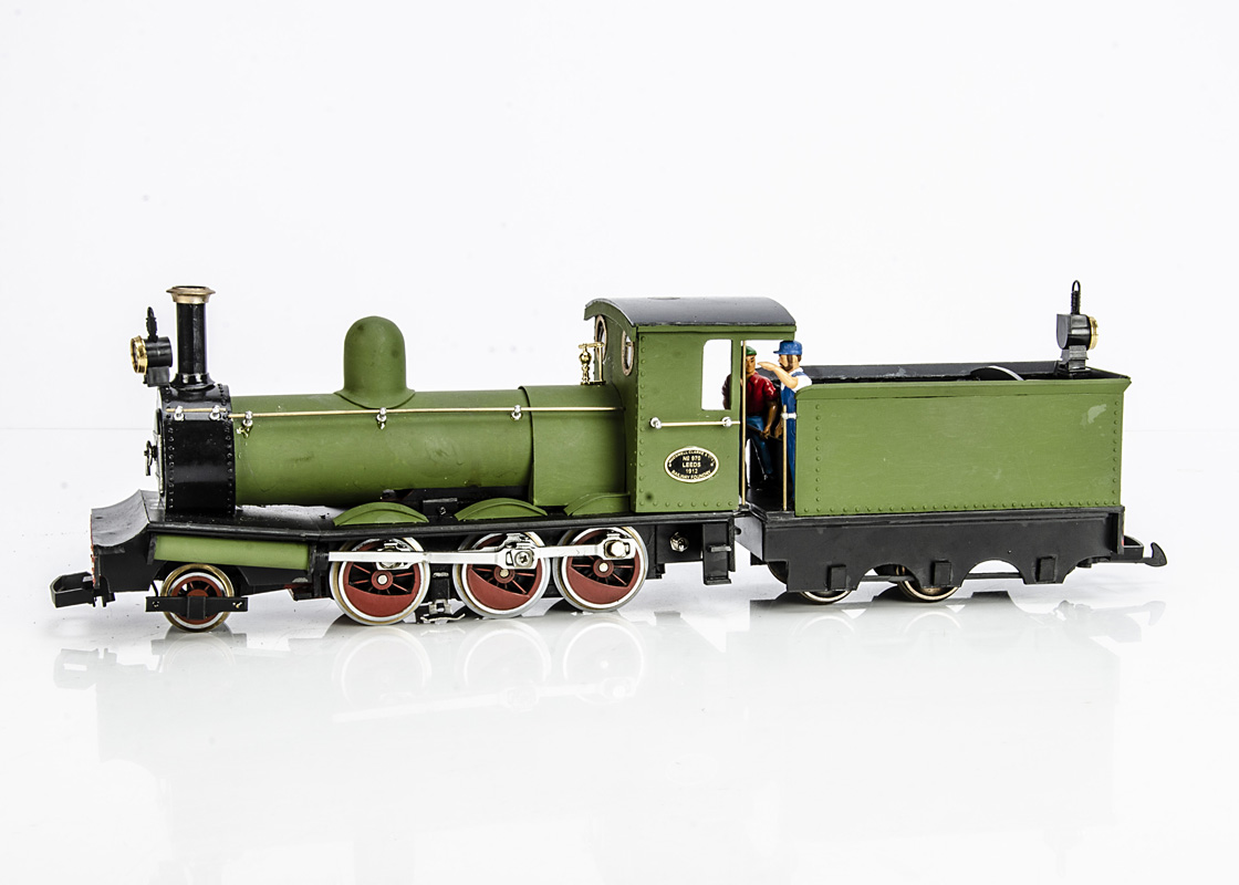 Kit/Scratchbuilt G Gauge Hudswell Clark 2-6-0 Locomotive and Tender on a LGB chassis, finished in