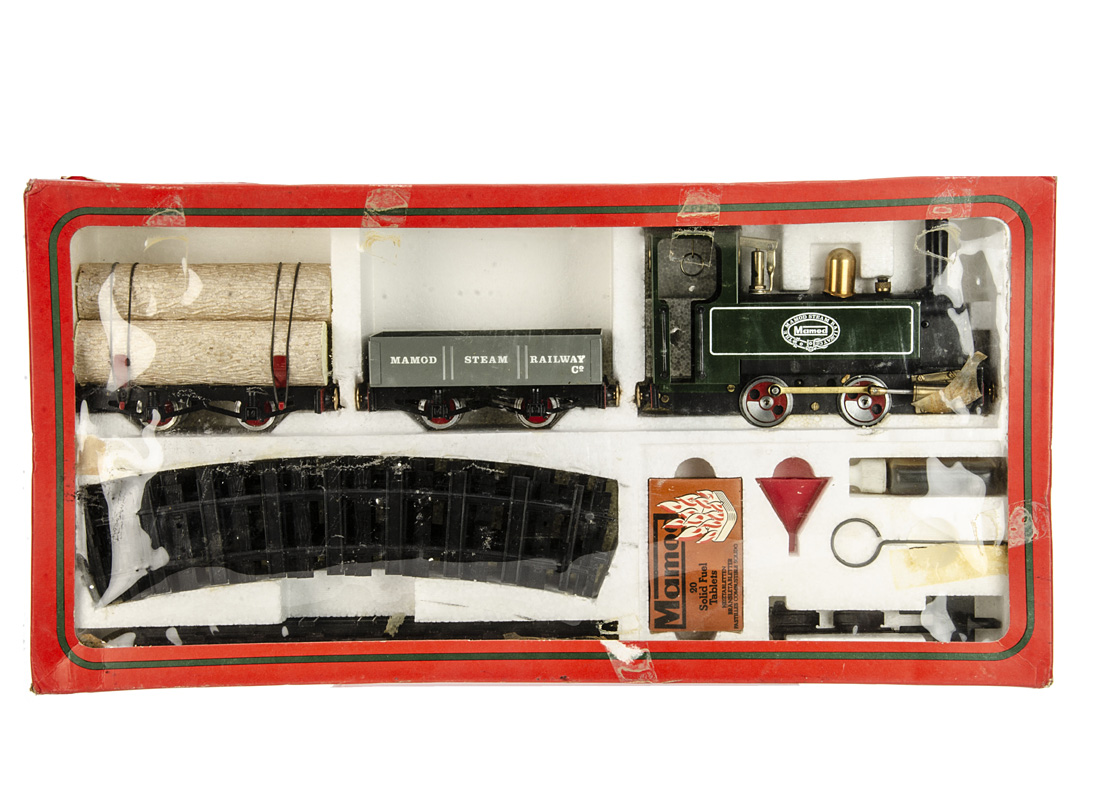 A boxed Mamod RS1 0 Gauge live steam Goods Train Set, containing SL1 locomotive in green, grey