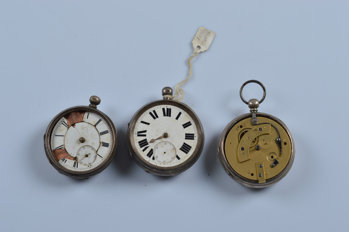 Three silver open face pocket watches, all AF. Total weight 332g.