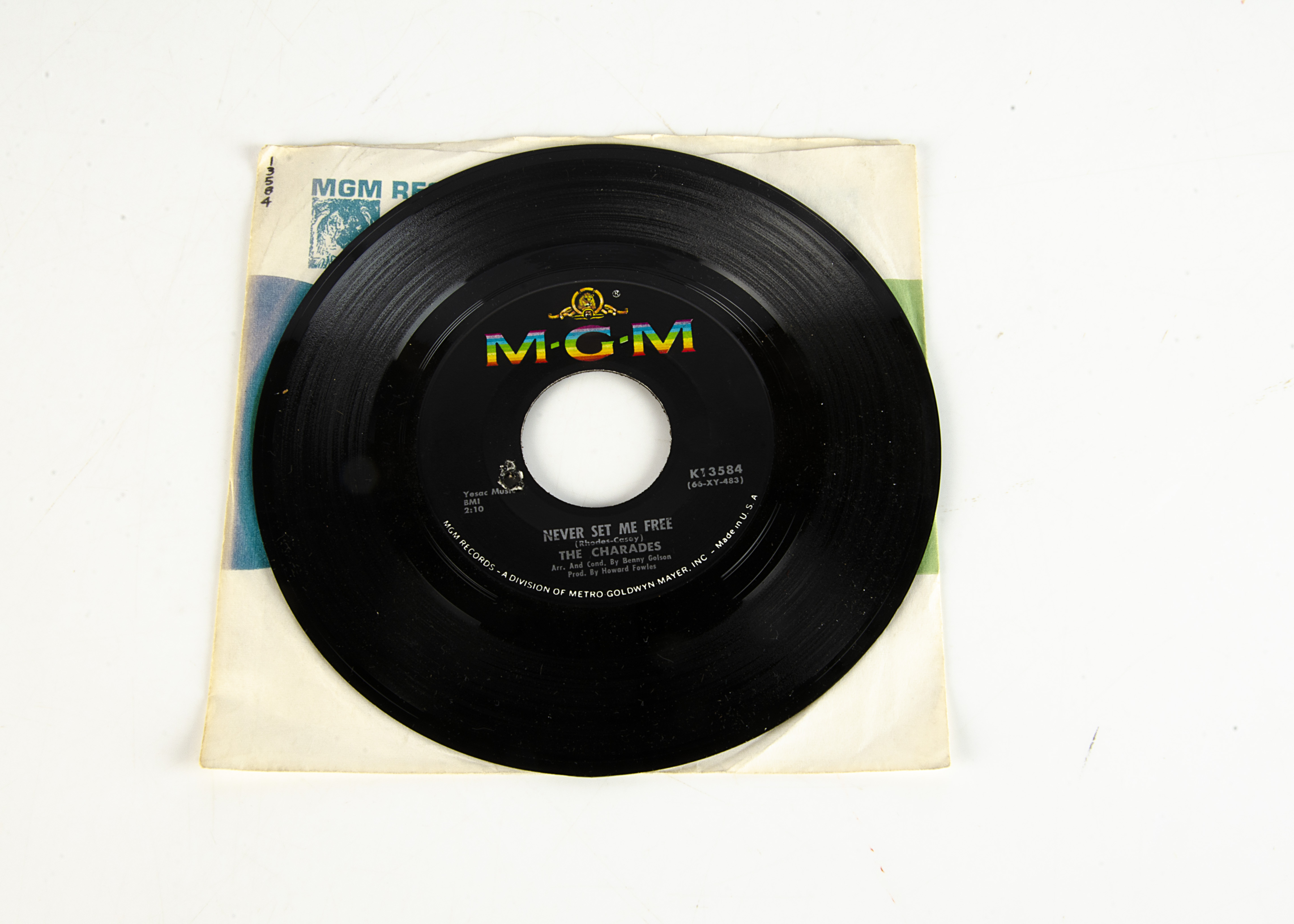 """The Charades 7"""" Single, I Don't Want To Lose You 7"""" Single b/w Never Set Me Free - USA release"""