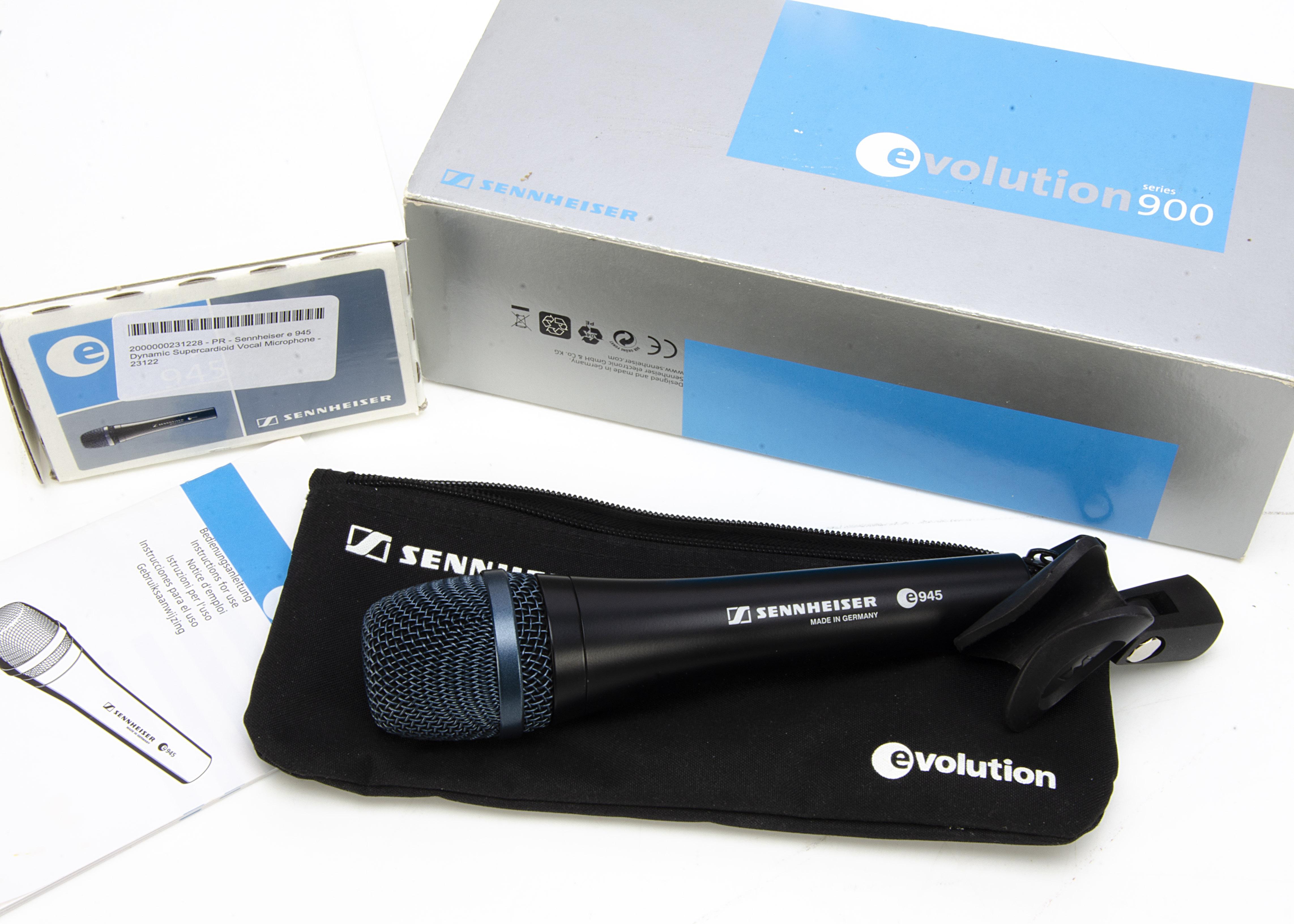 Sennheiser Microphone, a Sennheiser 900 E945 Evolution microphone with carry case, stand attachment,