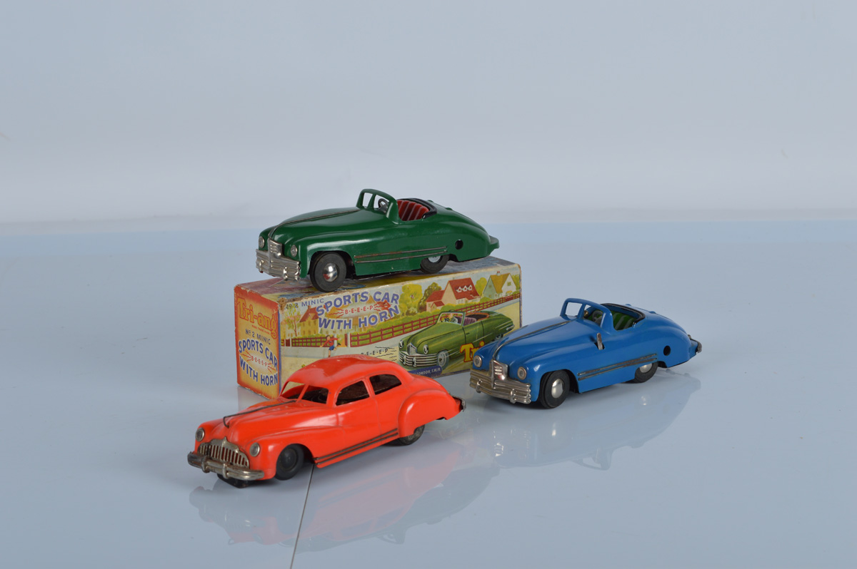 Tri-Ang Minic No. 2 Sports Car, with box. Together with two unboxed Minic models (3)