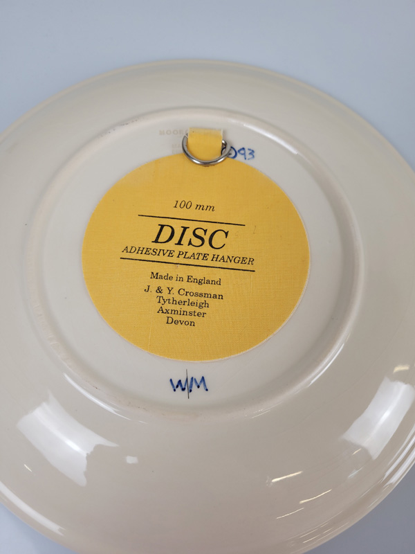 "Moorcroft ""Butterfly"" plate, designed by Rachel Bishop, 26cm diameter. - Image 2 of 2"
