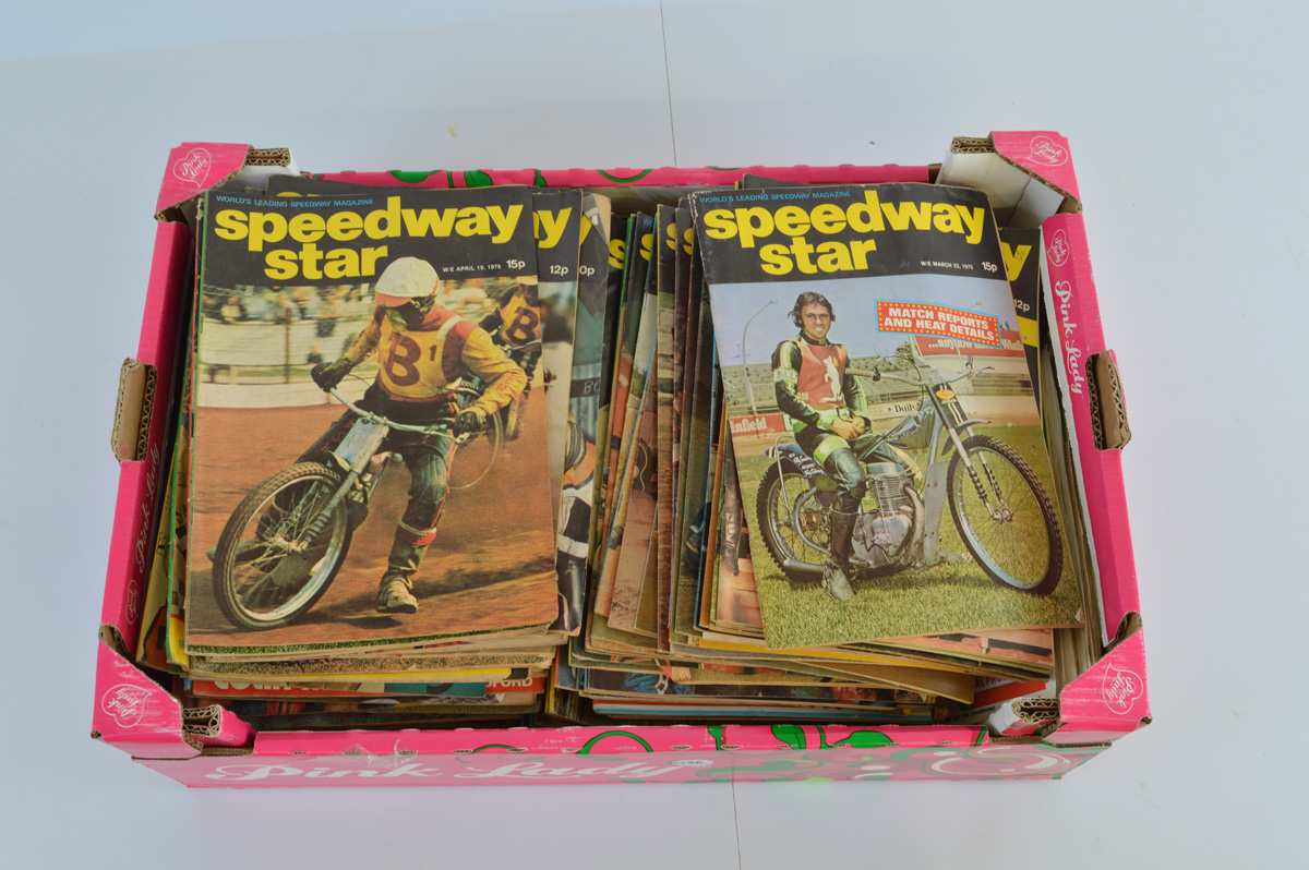 A large collection of Speedway Star magazines, mostly from the 1970s. Together with a quantity of