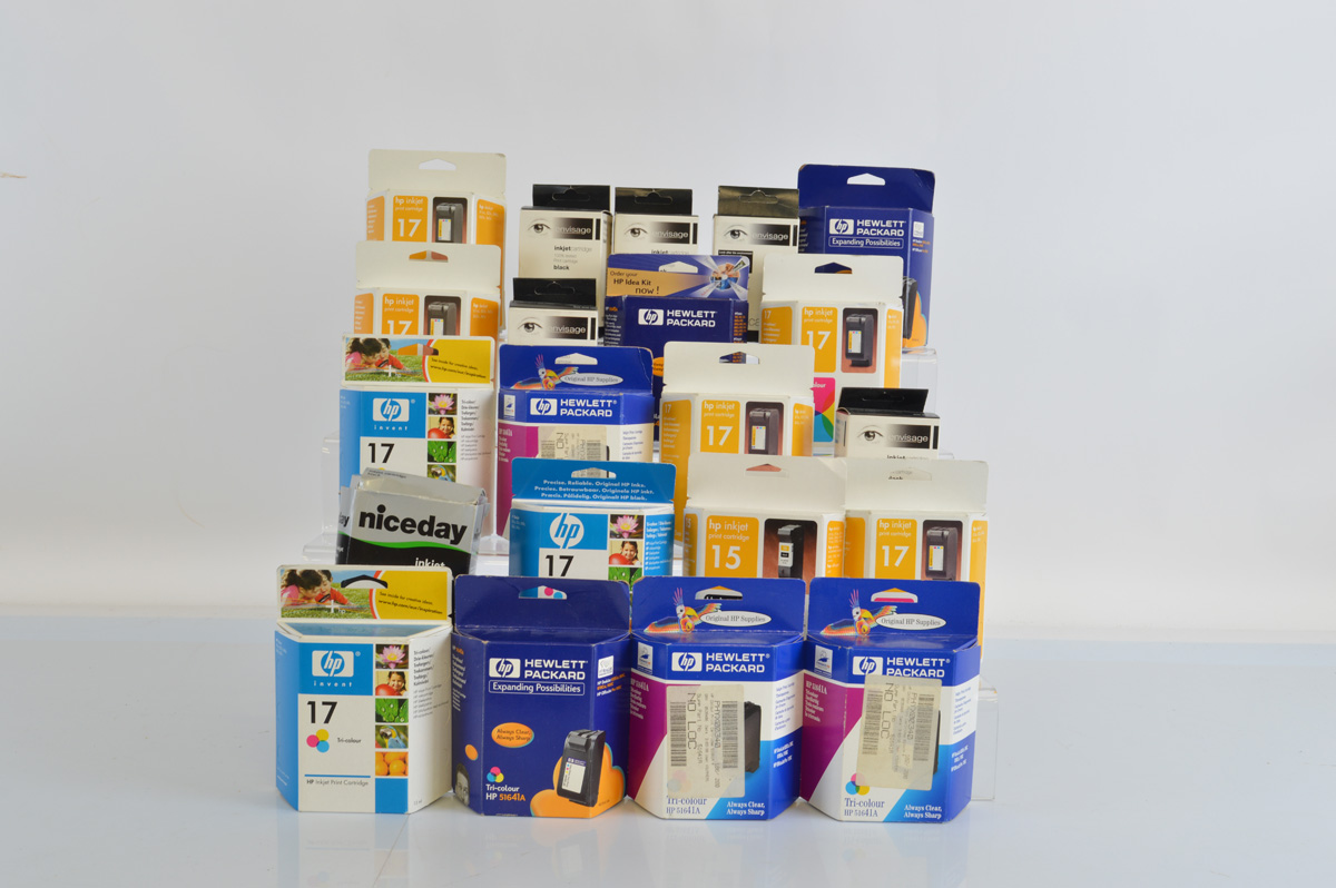 A good quantity of boxed printer ink cartridges, mostly HP and Envisage black and colour examples (