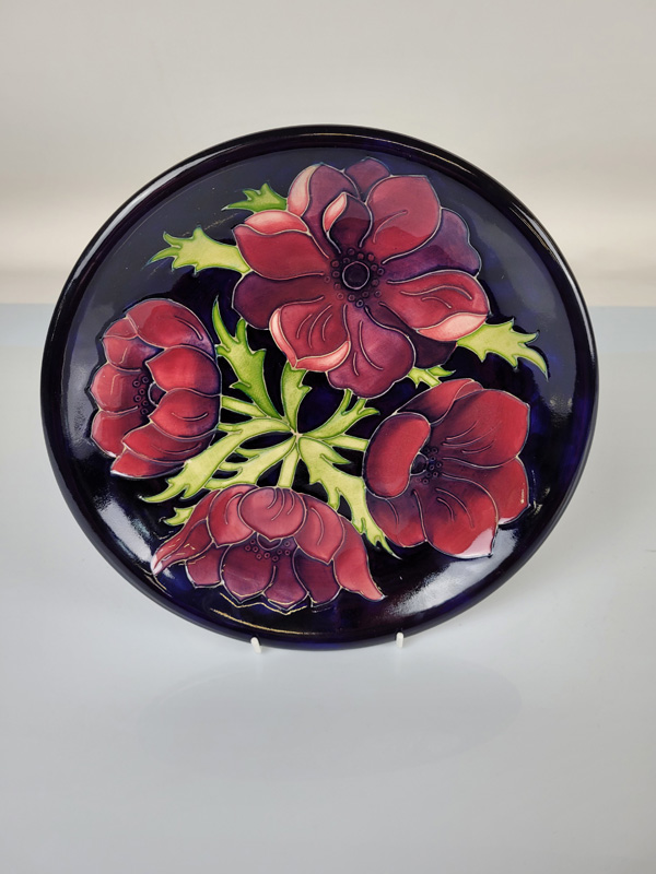 "Moorcroft ""Anemone ""plate, 26cm diameter."