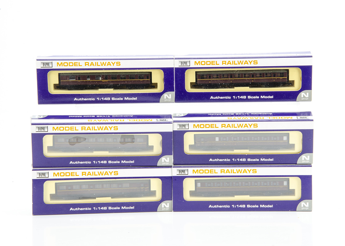 Dapol N Gauge BR Gresley maroon Coaches, NC, 031A 2nd, 030A 1st, 032A Composite, 031B 2nd, 033