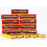 Hornby 00 Gauge BR Hawksworth and Maunsell crimson and cream Coaches, R, 4343A, 4343C, 4344A, 4345A,