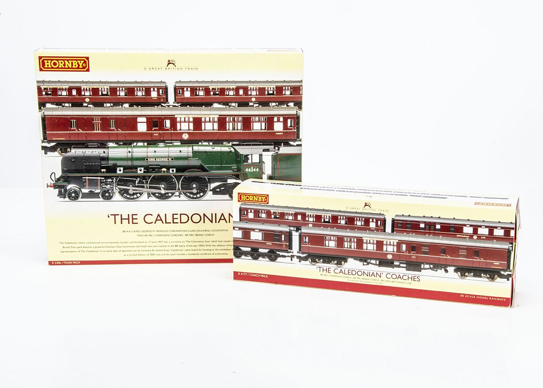 Hornby 00 Gauge R2306 Great British Trains 'The Caledonian' Train Pack and additional Coach Pack,