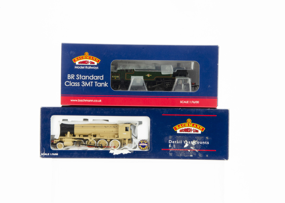 Bachmann OO Gauge Steam Locomotives, two boxed examples 31976A BR Standard Tank 3mt 82030 in green