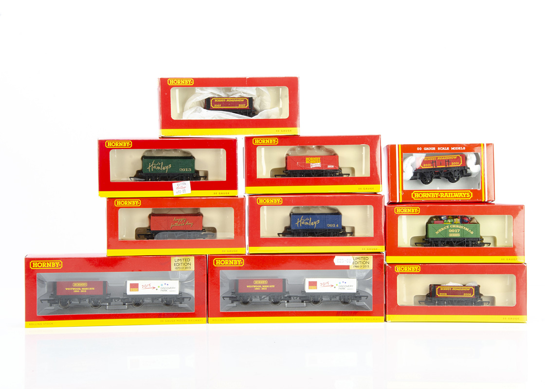 Hornby 00 Gauge Open Wagon Celebration Trucks, Hamlets 2013, 2014, Merry Christmas 2017, Hornby