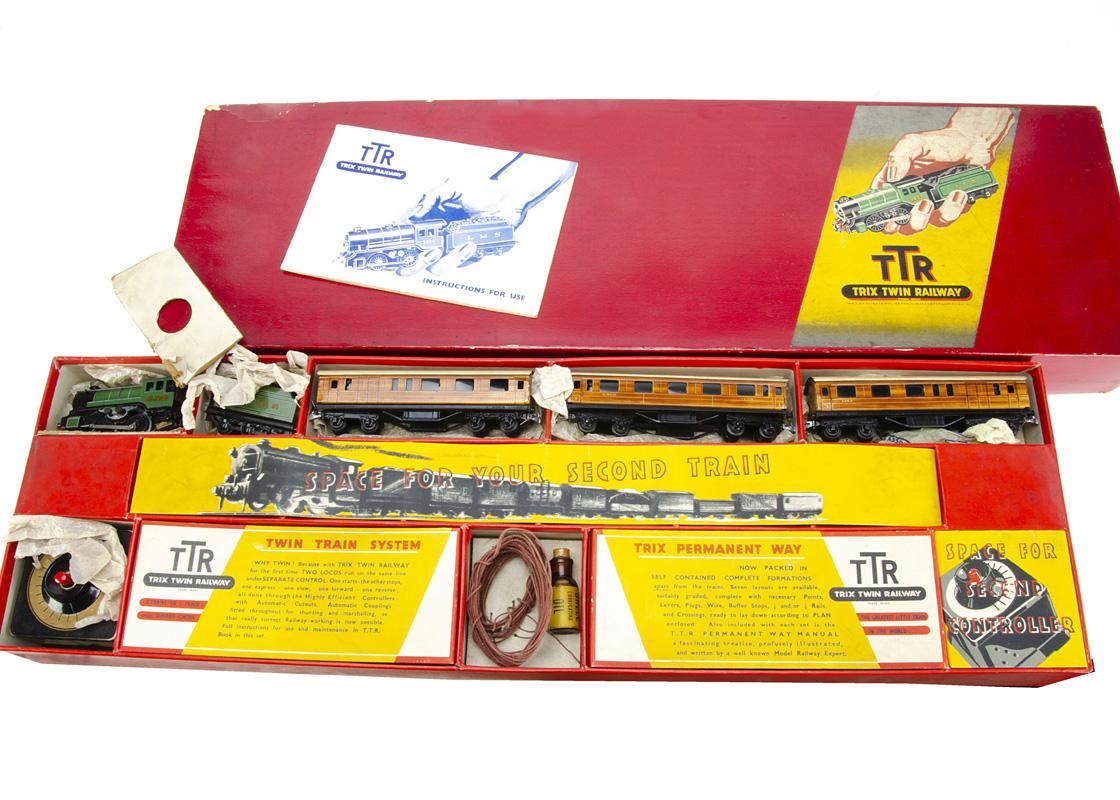 A boxed Pre-war Trix Twin Railway 00 Gauge LNER set with boxed track formation set, a set 4/324 LNER