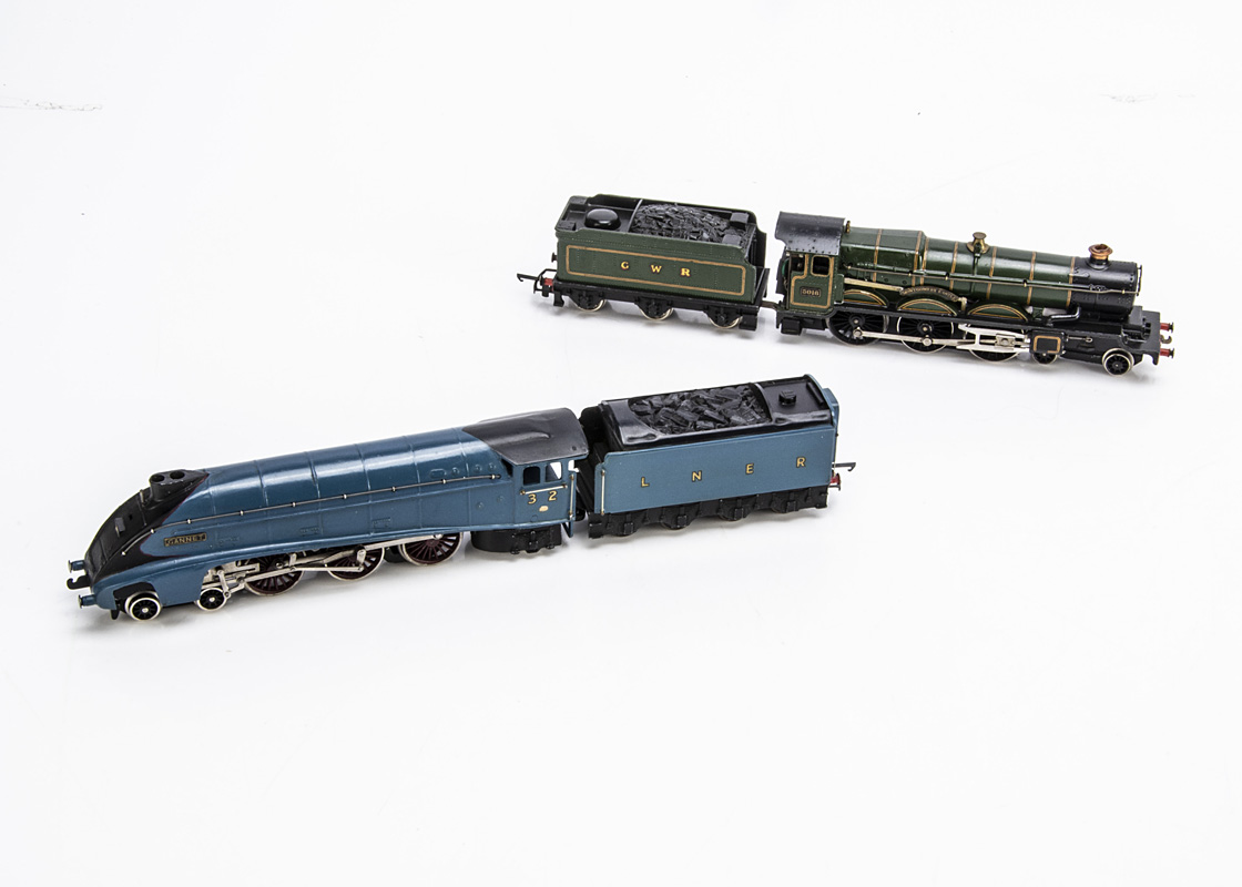 Repainted/Slightly-modified Hornby-Dublo 00 Gauge 2-rail Pre-nationalisation Locomotives and