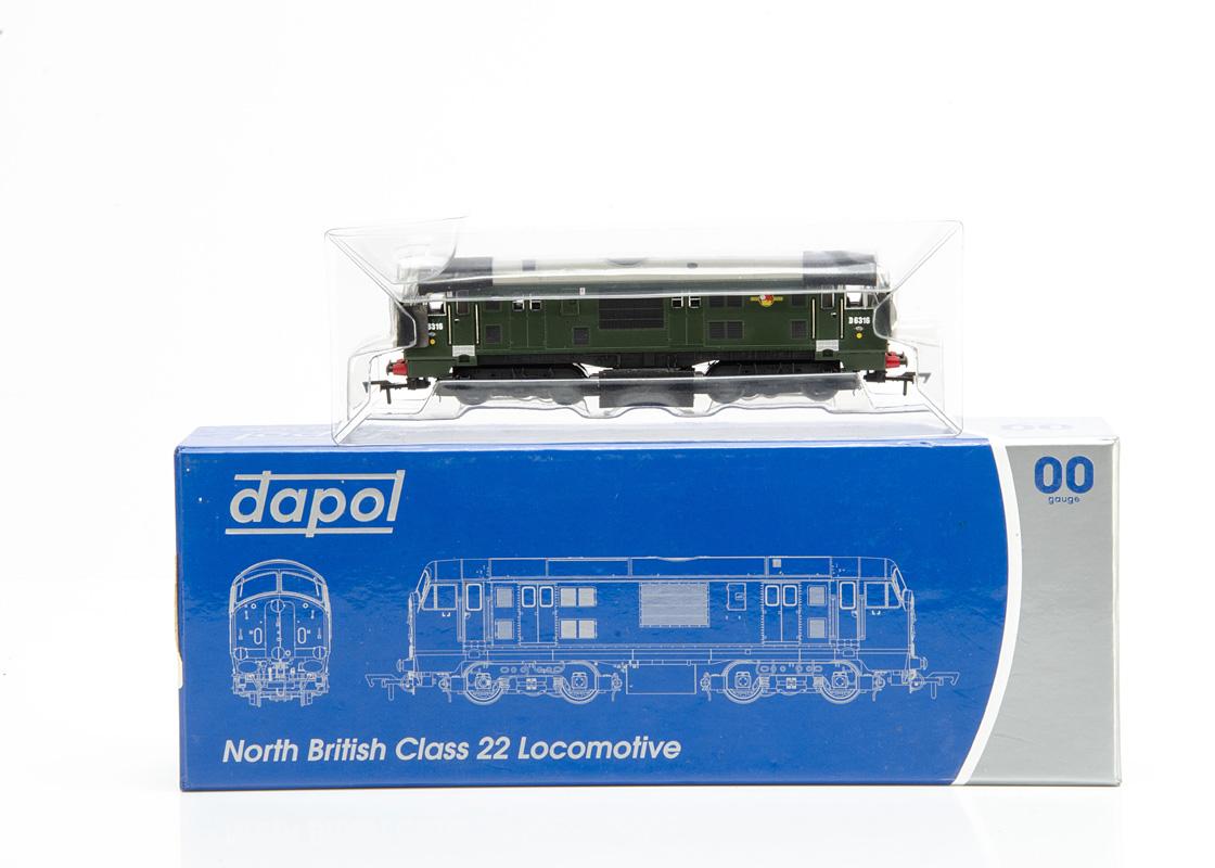 Dapol 00 Gauge 4D-012-001 BR green Class 22 Diesel Locomotive, D6316, in original box E, appears