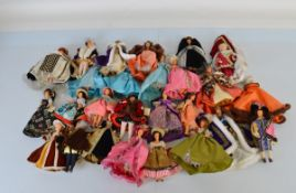 A good collection of Peggy Nisbet costume dolls, including King Henry VIII and his wives, King